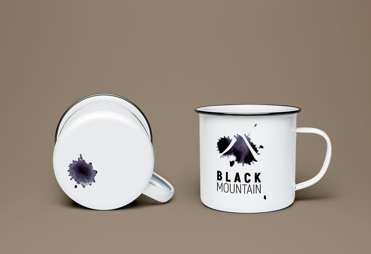Tasse mit Logo Black Mountain